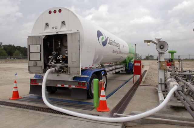 LNG truck