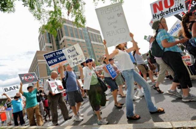 Don't Frack NY Albany rally 1
